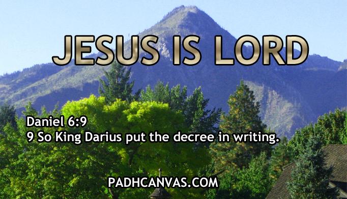 DANIEL 6:9